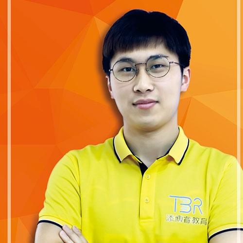 黄思瀚—添奇思机器人学龄教师